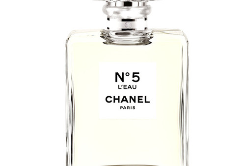 chanel_l_eau_jpg_2495_jpeg_2882-jpeg_north_499x_white